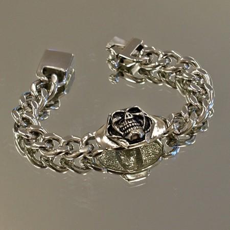 Skull Curb Link Bracelet